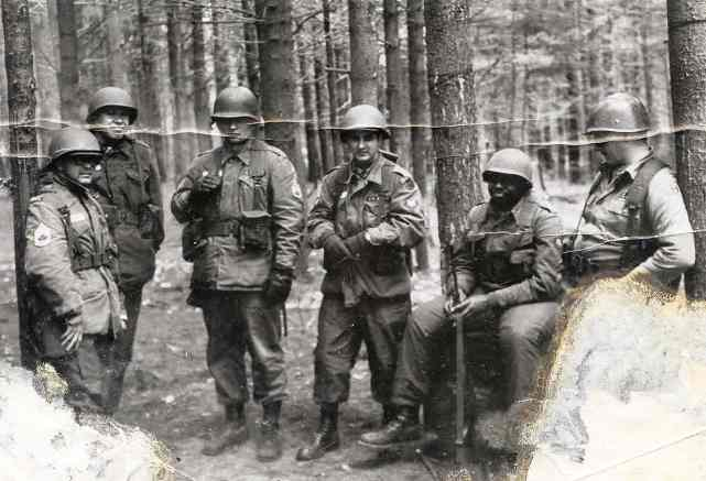 Arnie on the far left with his soldiers!